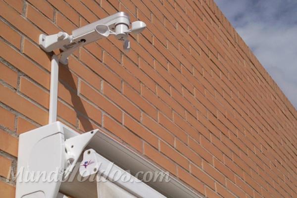 Sensores de viento y luz para optimizar el uso de los toldos autom ticos - Toldos automaticos precios ...