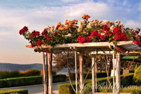 Las p rgolas en jardines zen for Accesorios para jardines pequenos