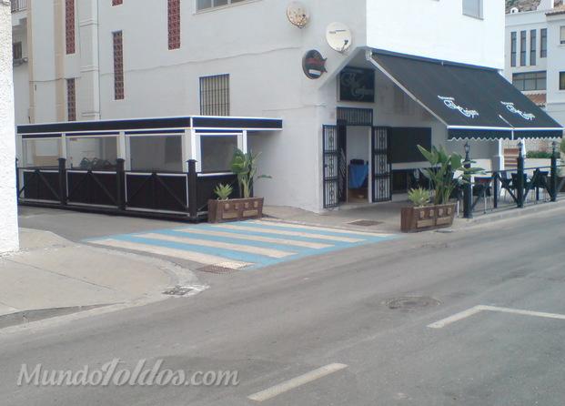 Im genes de toldos motril factory for Toldos para comercios